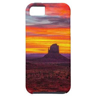 Coque iPhone 5 Vue pittoresque de coucher du soleil au-dessus de
