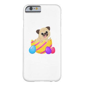 Coque iPhone 6 Barely There Chien drôle d'amour de cadeau de Pâques d'oeufs de