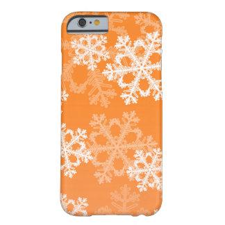Coque iPhone 6 Barely There Flocons de neige mignons de Noël orange et blanc