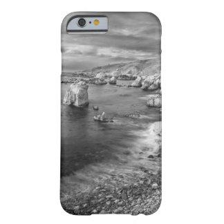 Coque iPhone 6 Barely There Littoral de plage de B&W, la Californie