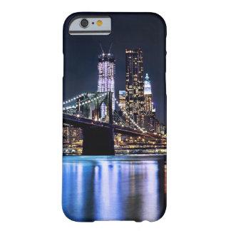 Coque iPhone 6 Barely There Vue de la réflexion de pont de Brooklyn de New