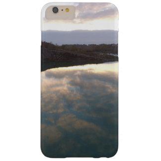 Coque iPhone 6 Plus Barely There Cas de lac sky