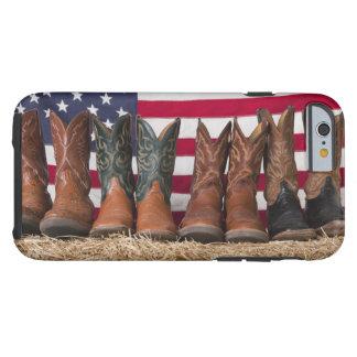 Coque iPhone 6 Tough Rangée des bottes de cowboy sur la meule de foin