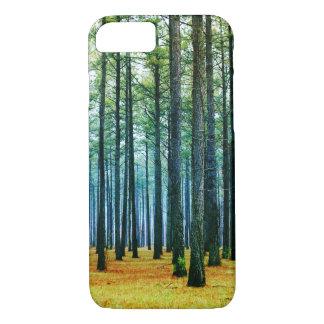 Coque iPhone 7 Belle herbe de jaune de forêt de pin de photo
