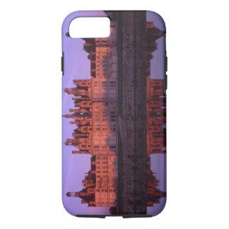 Coque iPhone 7 Château Chambord au coucher du soleil, le Val de