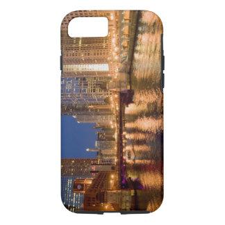 Coque iPhone 7 Chicago, Illinois, horizon et rivière Chicago à 2