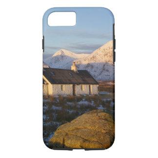 Coque iPhone 7 Cottage de Blackrock, Glencoe, montagnes, Ecosse 3