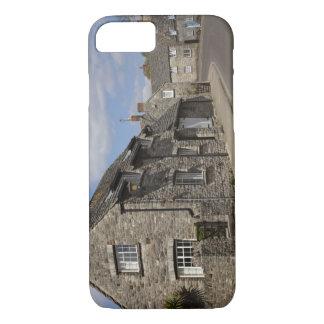 Coque iPhone 7 Cottages, village de château de Corfe, Dorset,