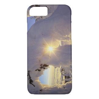 Coque iPhone 7 Coucher du soleil par le Snowghosts à la grande