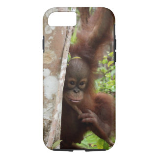 Coque iPhone 7 Junior orphelin de Jeffrey d'orang-outan à l'école