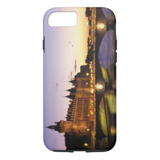 Coque iPhone 7 La France, Paris, rivière la Seine et Conciergerie