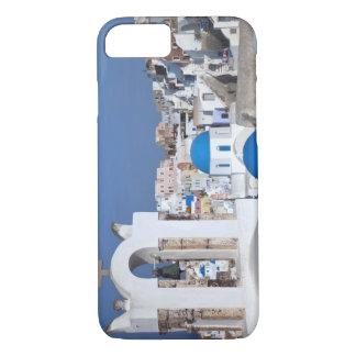 Coque iPhone 7 La Grèce, Santorini. Tour de Bell et dômes bleus