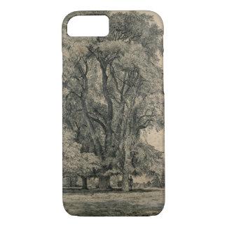 Coque iPhone 7 Les arbres d'orme dans vieux Hall se garent,