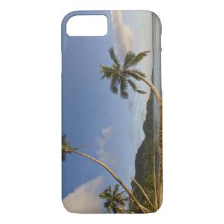 Coque iPhone 7 Les Seychelles, île de Mahe, paume horizontale,
