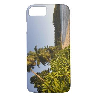 Coque iPhone 7 Les Seychelles, île de Mahe, plage d'Anse