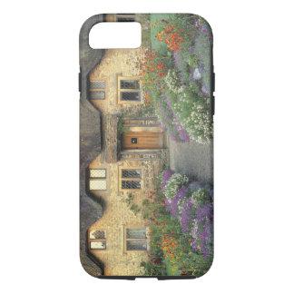 Coque iPhone 7 L'Europe, Angleterre, Chippenham. Lumière de début