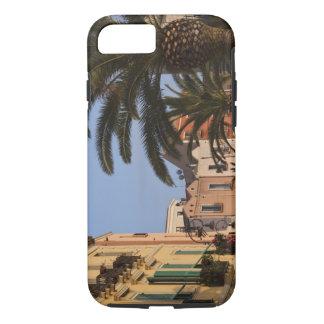 Coque iPhone 7 L'Italie, Sardaigne, Cagliari. Bâtiments et paumes