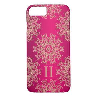 Coque iPhone 7 Médaillon exotique décoré d'un monogramme de