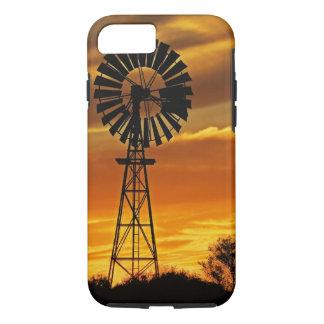 Coque iPhone 7 Moulin à vent et coucher du soleil, crique de