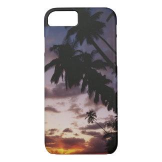 Coque iPhone 7 Palmiers en mer