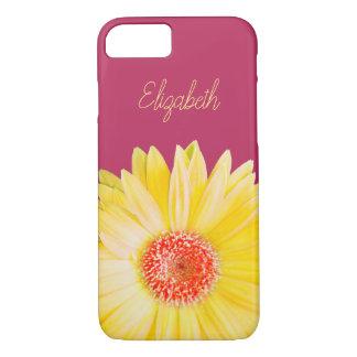 Coque iPhone 7 Photo jaune de marguerite de Gerber sur le rose
