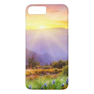 Coque iPhone 7 Plus Coucher du soleil majestueux dans le paysage de