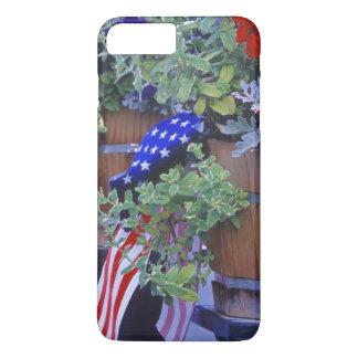 Coque iPhone 7 Plus Drapeaux et fleurs dans Philipsburg Montana
