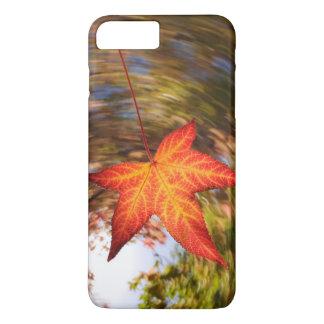Coque iPhone 7 Plus Feuille en baisse d'un arbre en automne