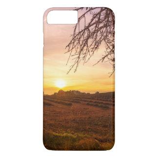Coque iPhone 7 Plus Gisement de lavande d'automne sur le coucher du