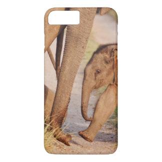 Coque iPhone 7 Plus Jeunes un d'éléphant asiatique indien