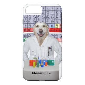 Coque iPhone 7 Plus Laboratoire de chimie/chien drôles