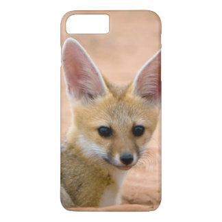 Coque iPhone 7 Plus Le chiot de Fox de cap (Vulpes Chama) scrute avec
