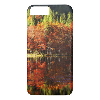 Coque iPhone 7 Plus Paysage d'automne sur un lac