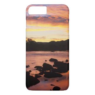 Coque iPhone 7 Plus Rivière orange au coucher du soleil, ressortissant