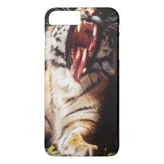 Coque iPhone 7 Plus Tigre avec la bouche ouverte