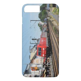 Coque iPhone 7 Plus Train de marchandises dans la maison crue au Rhin