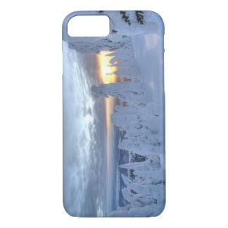 Coque iPhone 7 Snowghosts au coucher du soleil à la montagne de