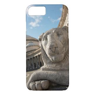 Coque iPhone 7 Statue de lion devant San Francesco di Paola
