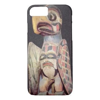 "Coque iPhone 7 Statue de ""Thunderbird"" de Haida (bois peint)"