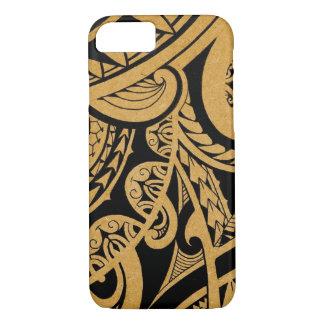 Coque iPhone 7 Tatouage tribal original sur le bois avec le