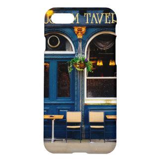 Coque iPhone 7 Taverne de musée, barre de Londres, Pub bleu