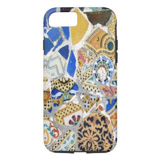 Coque iPhone 7 Tuiles jaunes de Gaudi - miroir
