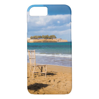 Coque iPhone 7 Une chaise par la mer