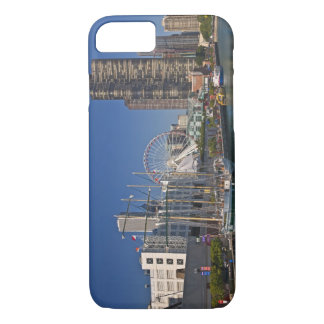 Coque iPhone 7 Une vue du pilier 2 de la marine de Chicago