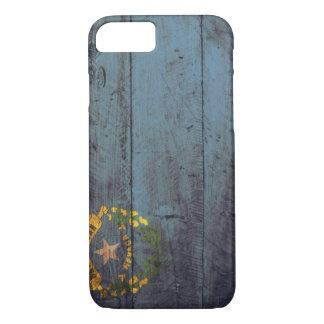 Coque iPhone 7 Vieux drapeau en bois du Nevada ;