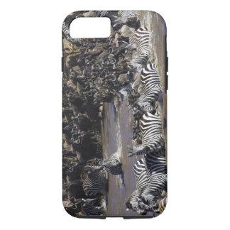 Coque iPhone 7 Zèbre de plaines (quagga d'Equus) et gnou bleu