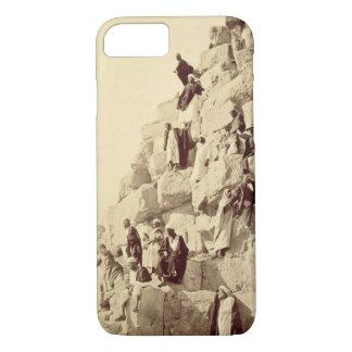 Coque iPhone 8/7 Arabes aidant des touristes pour monter les