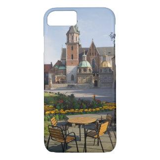 Coque iPhone 8/7 Café donnant sur la cathédrale de Wawel, colline