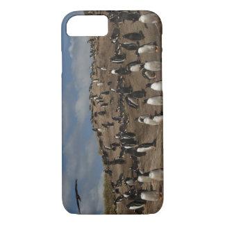 Coque iPhone 8/7 Colonie de pingouin de Gentoo (Pygoscelis