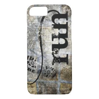 Coque iPhone 8/7 Courez la grunge de w/Shoe par des bijoux et des